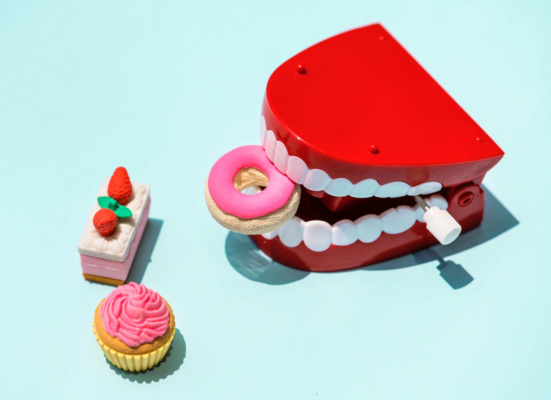 Cepillarse los dientes / ielectro